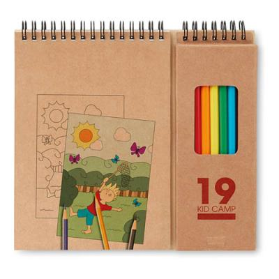 Image of Colouring set with notepad