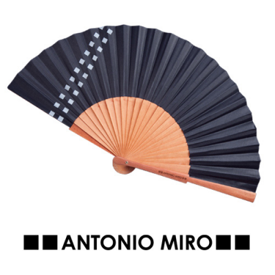 Image of Hand Fan Parix